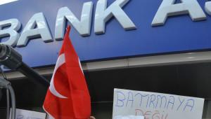 CHP Milletvekili Tanal Bank Asya'da Hesap Açtı