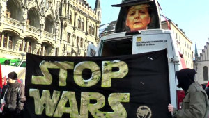 Münih'te 4 Bin Kişi NATO'yu Protesto Etti