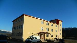 Posof Anadolu İmam Hatip Okulunun Taşınması Ertelendi