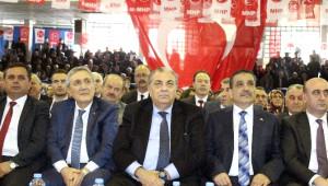 Tuğrul Türkeş Başkanlık Sistemi Tartışmalarını Eleştirdi