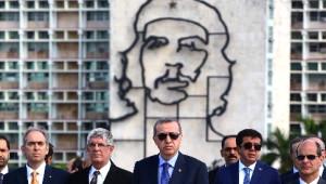 Erdoğan Küba'da Resmi Törenle Karşılandı