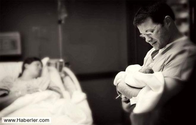 Ölen Bebekleriyle Son Kez Fotoğraf Çekildiler