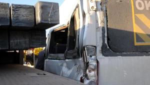 İskenderun'da Öğrenci Servisiyle Tır Çarpıştı: 1 Ölü, 9 Yaralı