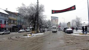 Tunceli'de Kar Esareti: 200 Köy Yolu Kapandı