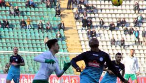 Bursaspor: 1 - Çaykur Rizespor: 0 (İlk Yarı)