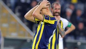 Fenerbahçe: 1 - Akhisar Belediyespor: 1 (İlk Yarı)