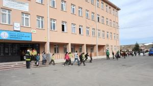 Yavuz Sultan Selim Ortaokulu Öğrencilerine Yangın Eğitimi