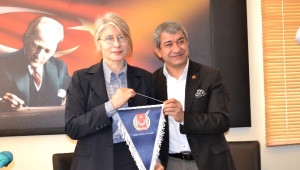 Anadolu Partisi Genel Başkanı Tarhan, Agc'yi Ziyaret Etti