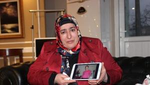 Gözü Yaşlı Anne Dört Yıldır Kayıp Kızını Arıyor