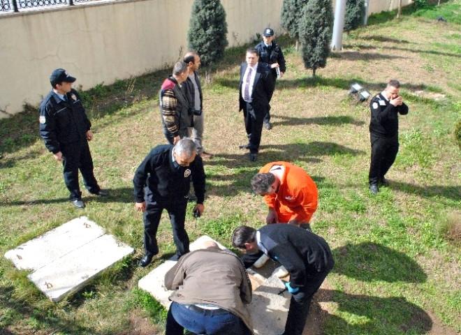 Aydın'da Hastanenin Rögarında İkinci Cenin Bulundu
