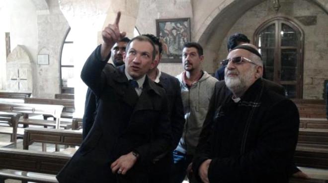 CHP Gençlik Kolları Başkanı Mardin'de Süryanileri Ziyaret Etti