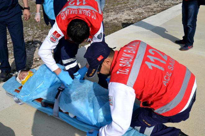 Trafik Kazasında Yaralanan Çocuk Ambulans Helikopterle Samsun'a Sevk Edildi
