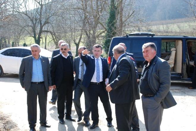 AK Parti Düzce İl Başkanı Hikmet Keskin Araziye İndi