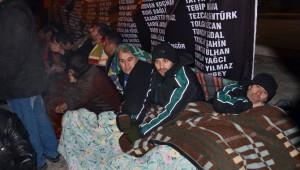 Somalı Maden İşçilerinin Oturma Eylemi Sürüyor