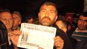 CHP Milletvekili Özel'den Somalı Madencilerin Oturma Eylemine Destek