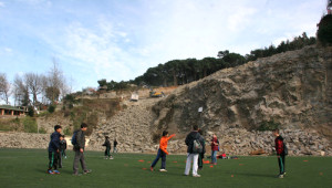 Futbol Sahalarna Otel İnşa Edilmesine Tepki Gösterdiler