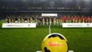 Kare Kare Fenerbahçe - Galatasaray Derbisi