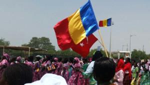 Çad'taki 8 Mart Törenindetürk Bayrağını Dalgalandırdılar
