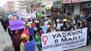 Somalı Kadınlar 8 Mart'ta 'Şiddete Hayır' Dedi