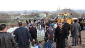 NATO Akaryakıt Boru Hattı Patladı, Köylüler Şaşkına Döndü