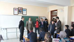 Patnos'ta 7 Bin Öğrenciye Giysi Yardımı