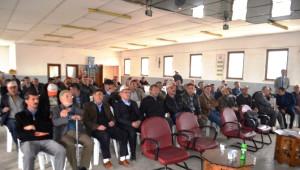 Taraklı 'Da Çiftçilere Gübre, İlaç ve Yem Kullanımı Hakkında Bilgilendirme Yapıldı