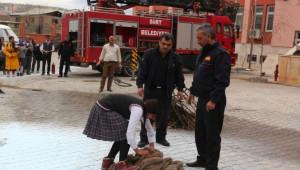 Yangın ve Deprem Tatbikatı Gerçeği Aratmadı