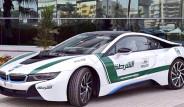 Dubai Polisinin Yeni Oyuncağı BMW i8 Oldu