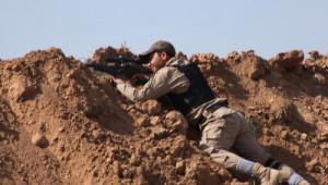 Türkmenlerin Beşir Köyünü Işid'den Geri Almak İçin Saldırıları Sürüyor