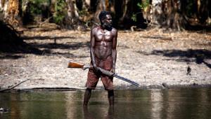 Aborjin Yerlileri Vahşi Hayvanları Avlarken Görüntülendi