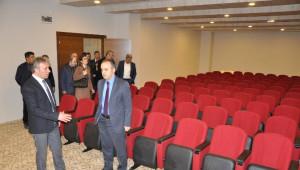 Başkan Aktaş Mobilya Tasarım Merkezini Gezdi
