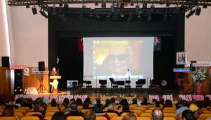 Yaşar Kemal'a Çukurova Ödülü Verildi
