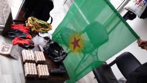 Diyarbakır'da El Yapımı Bomba ve Molotoflar Ele Geçirildi