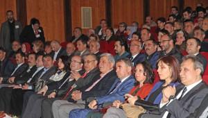 Aşık Veysel Kocaeli'de Türküleriyle Anıldı