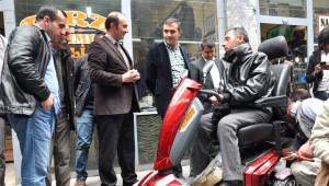 Başkan Akbay'dan Engelli Vatandaşa Destek