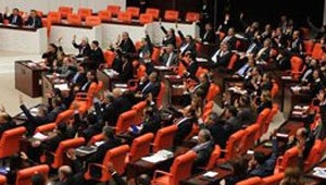 Arslan: İç Güvenlik Kanunu AKP İktidarını Koruma Kanunu Şeklinde Düzenlendi