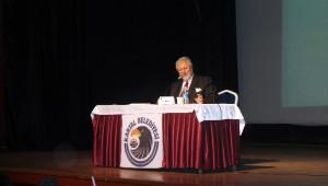 Kartal Belediyesi'nden Metin Akpınar'a Onur Ödülü