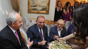 Kılıçdaroğlu, Gürsel Tekin'in Oğluna Kız İstedi