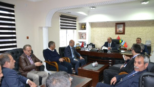 Erzurum Büyükşehir Belediye Başkanı Mehmet Sekmen, Şenkaya'da Muhtarlarla Buluştu