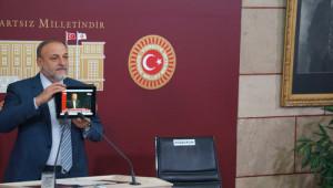 Davutoğlu'nun 178 Gününü, Boş Başbakanlık Koltuğuna Anlattı