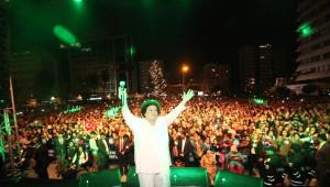 Selda Bağcan Konseri'ni 15 Bin Adanalı İzledi