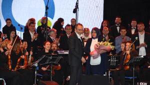 Petkim'in 50'nci Yılı Nedeniyle İzmir'de Meydan Konseri