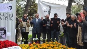 Sevenleri Sadri Alışık'ın Doğum Gününü Kutladı