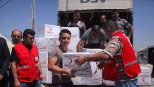 Kızılay Irak'ta Yardım Dağıttı