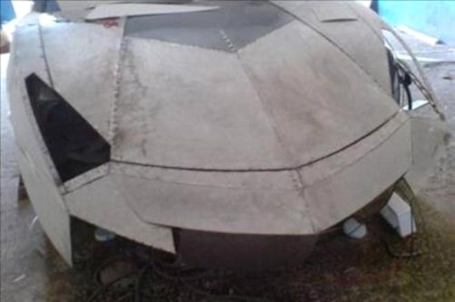 Mitsubishi Modelini Lamborghini'ye Dönüştürdü