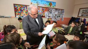Vali Tuna'dan Ticaret Borsası İlkokulu'na Ziyaret