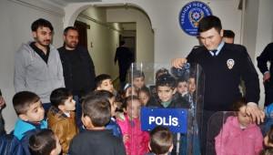 Ağrı'da Polis Haftası Kutlamaları