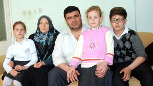Rus Eşinden Olan 3 Çocuğuna Kimlik Çıkartamıyor