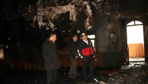 Tarihi Cami Yangın Sonrası Kullanılmaz Hale Geldi