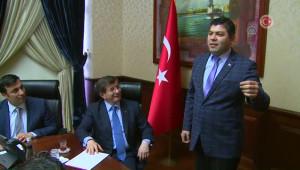 Davutoğlu, Roman Dernek Temsilcilerini Kabul Etti